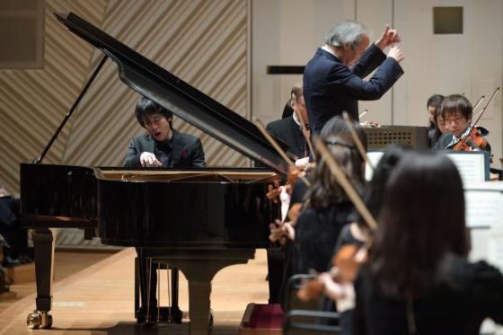【写真】軽やかな音色でモーツァルトを奏でる北村朋幹さん