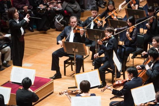 【写真】指揮者の表情が見える位置からの撮影。コンサートマスターはグレブ・ニキティンでした。