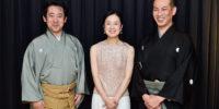 【写真】終演後、3人そろっての集合写真。すてきな笑顔です。