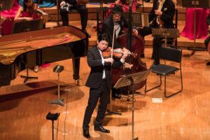【写真】東京交響楽団コンサートマスター水谷さんもソロを披露。