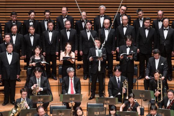 【写真】ソプラノ松原典子さん、アルト松浦麗さん、テノール児玉和弘さん、バス金子宏さんが歌っている様子。