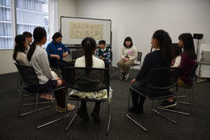 【写真】きく耳づくりに集まった子どもたち。小学生チームと中高生チームに分かれて実施しました。